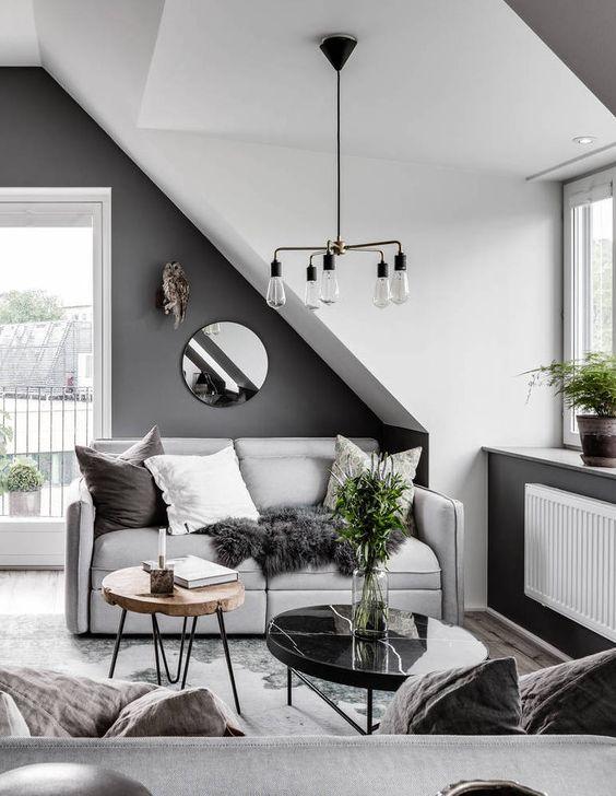 luster v modernej obývačke