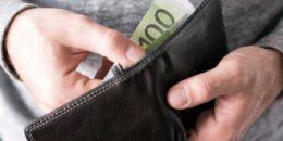 100 eur v peňaženke