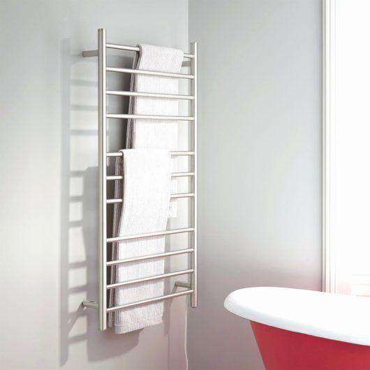 rebríkový radiátor do kúpeľne