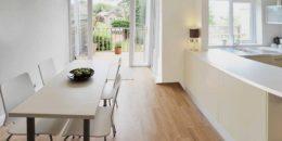 laminátová podlaha kuchyňa