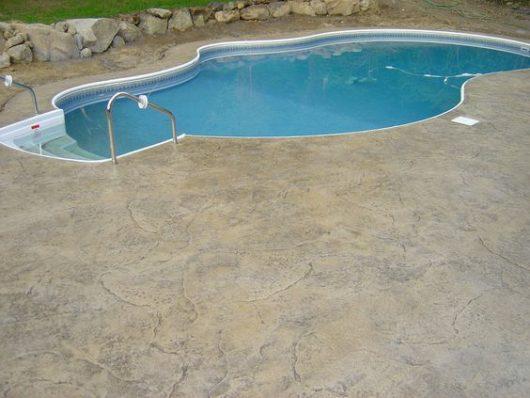 železobetónový bazén