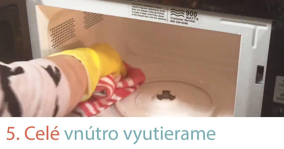ako vyčistiť mikrovlnku