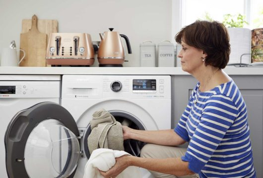 ako odstrániť zápach z práčky