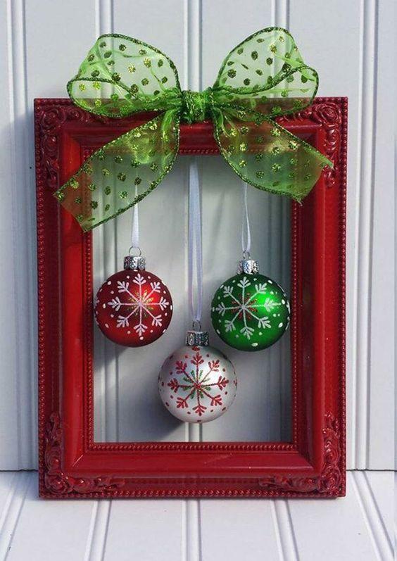 zarámované vianočné gule