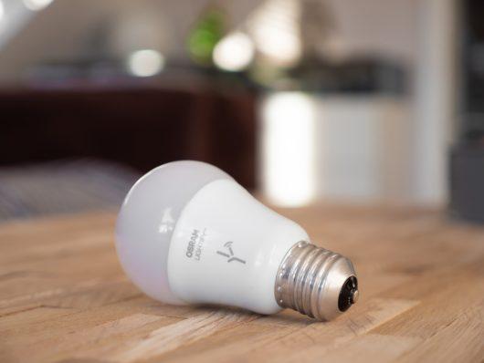 Smart LED žiarovka
